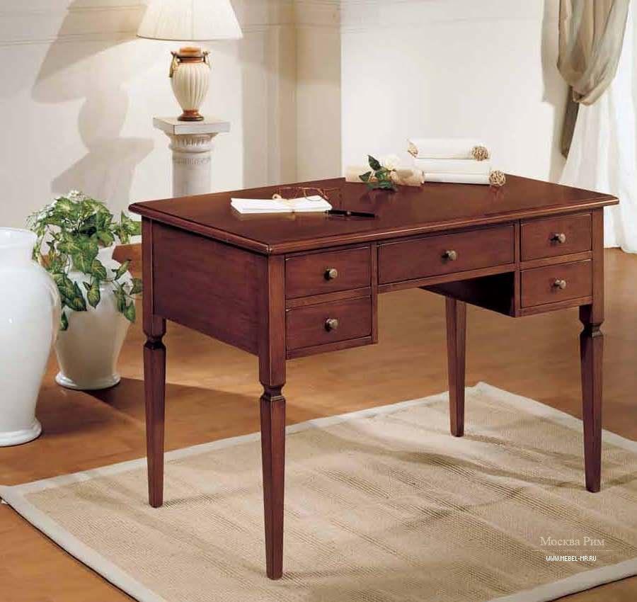 Письменный стол с пятью выдвижными ящиками в классическом ст.