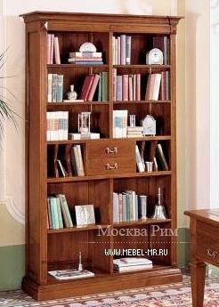 Книжный шкаф с корпусом из массива вишни и фурнитурой из мет.