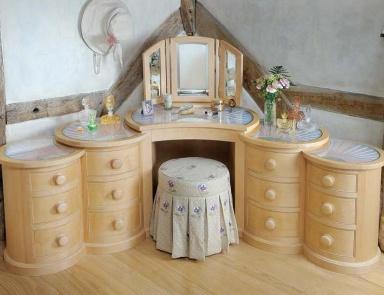 лучшие туалетные столики выполненные из стекла мебель мр