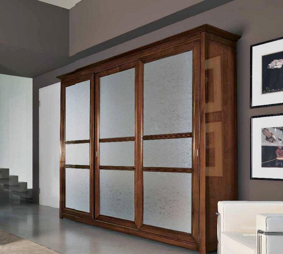 Шкаф в шпоне с раздвижными створками в стекле naima, arve st.