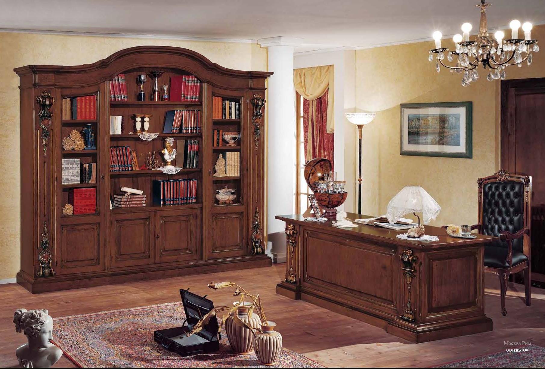 Гарнитур для кабинета с богатой позолоченной резьбой ручной .